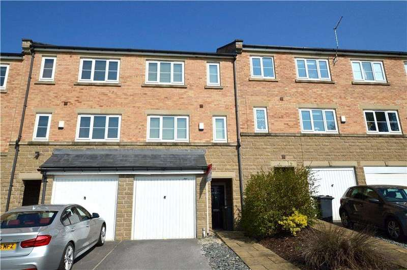 4 Bedrooms Town House for sale in Billington Close, Leeds, West Yorkshire