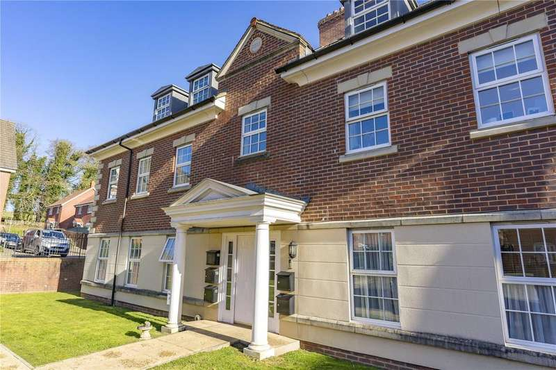 2 Bedrooms House for sale in Princess Louise Square, Alton, Hampshire