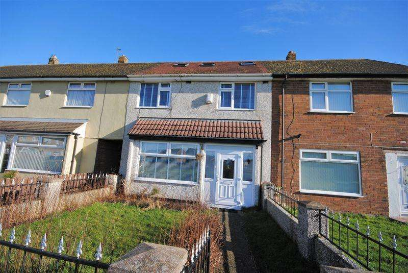 4 Bedrooms Terraced House for sale in Tern Way, Moreton
