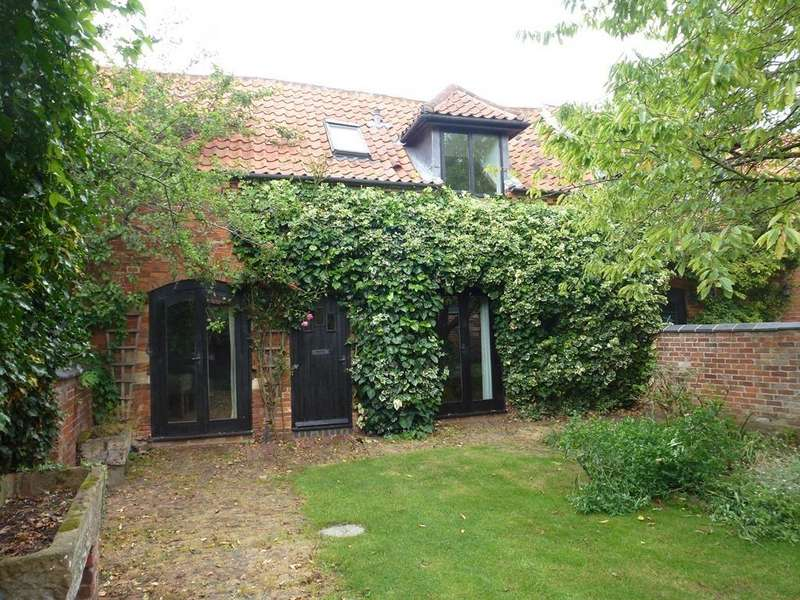3 Bedrooms Barn Conversion Character Property for rent in Daybells Barns, Bottesford