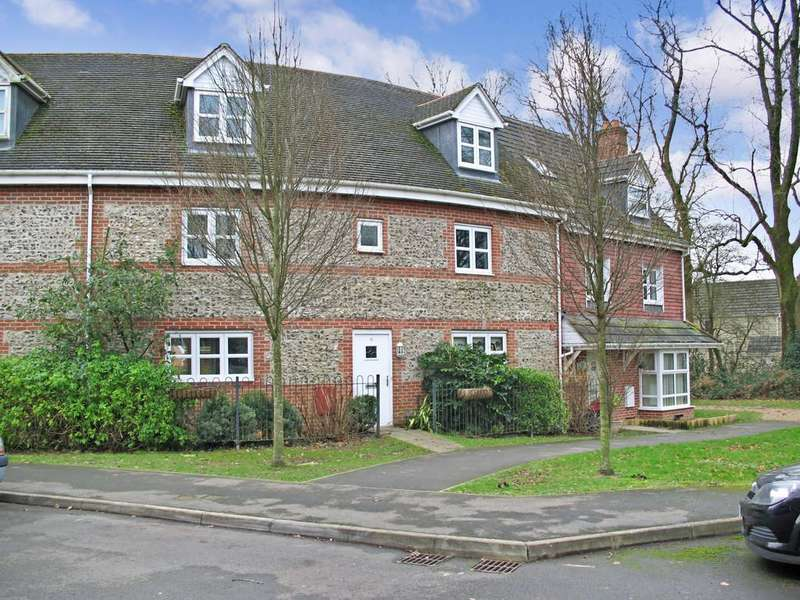 5 Bedrooms Terraced House for rent in Goldcrest Way, Four Marks