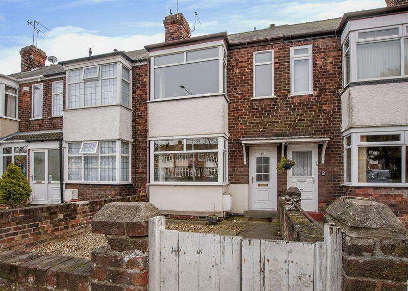 3 Bedrooms Semi Detached House for sale in Spring Bank West, Hull
