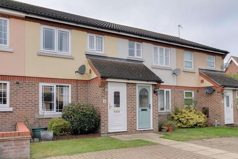 2 Bedrooms Terraced House for sale in Augustus Close, Colchester, CO4