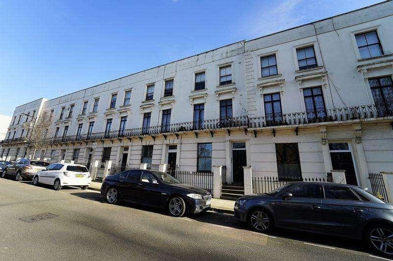 3 Bedrooms Apartment Flat for sale in Blomfield Villas, Little Venice, W2