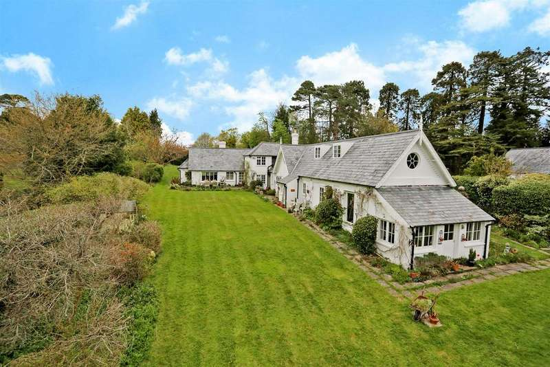 4 Bedrooms Detached House for sale in Burwash Weald