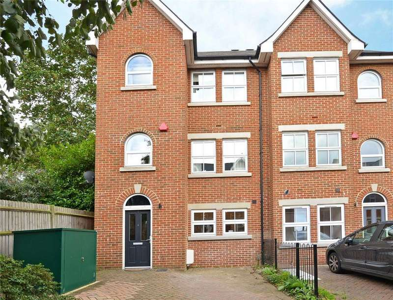 4 Bedrooms End Of Terrace House for sale in Victoria Close, East Dulwich, London, SE22