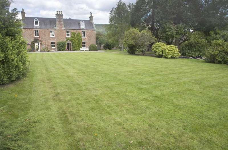 5 Bedrooms Detached House for sale in Manse Road, Bridge Of Earn, Perthshire