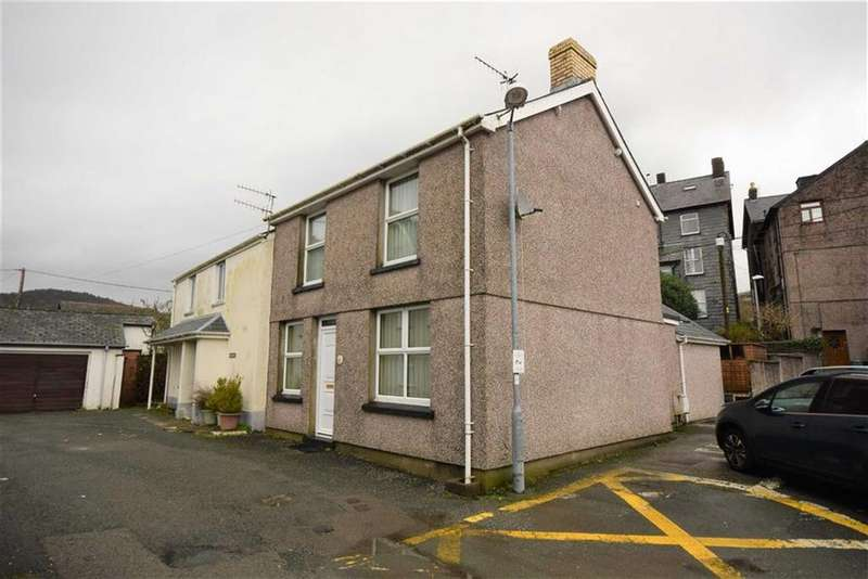 3 Bedrooms Semi Detached House for sale in Brodawel, 41, Brickfield Street, Machynlleth, Powys, SY20