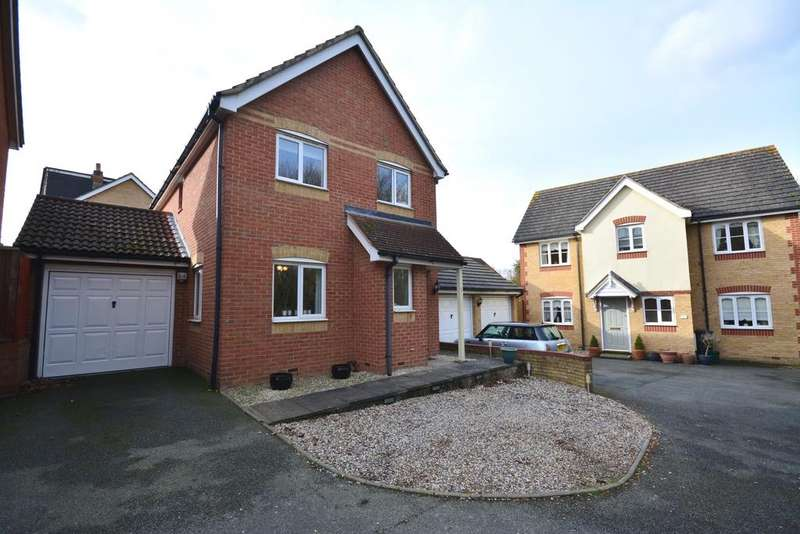 3 Bedrooms Detached House for sale in Bourchier Avenue, Braintree, CM7