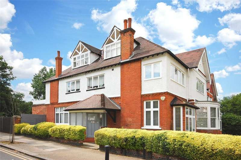 3 Bedrooms Apartment Flat for sale in Teignmouth Road, London, NW2