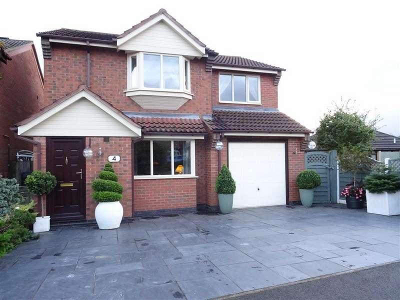 3 Bedrooms Detached House for sale in Crosskirk Road, Hinckley