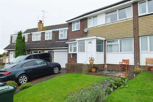 5 Bedrooms Semi Detached House for sale in Eagle View, Aston, Sheffield, S26 2GL