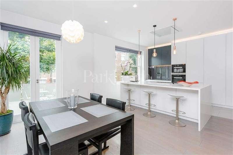 3 Bedrooms Flat for sale in Howitt Road, Belsize Park, London