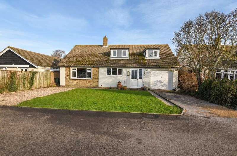 3 Bedrooms Detached House for sale in Burlow Close, Birdham, Chichester, PO20