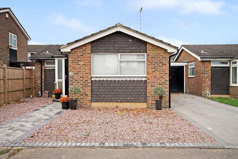 2 Bedrooms Detached Bungalow for sale in Kithurst Crescent, Goring-by-sea BN12 6AJ