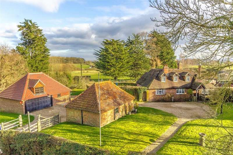 5 Bedrooms Detached House for sale in Tandridge Lane, Lingfield, Surrey, RH7