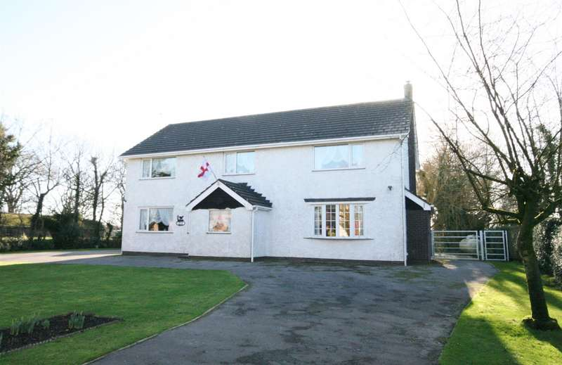 4 Bedrooms Detached House for sale in Greenhalgh Lane, Greenhalgh, Preston