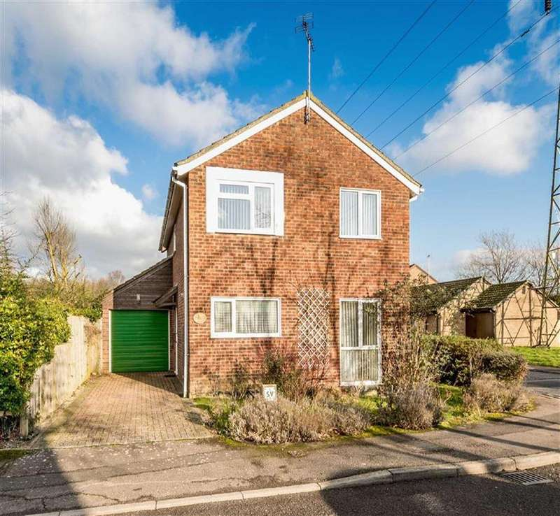 4 Bedrooms Detached House for sale in Millbrook Meadow, Singleton, Kent