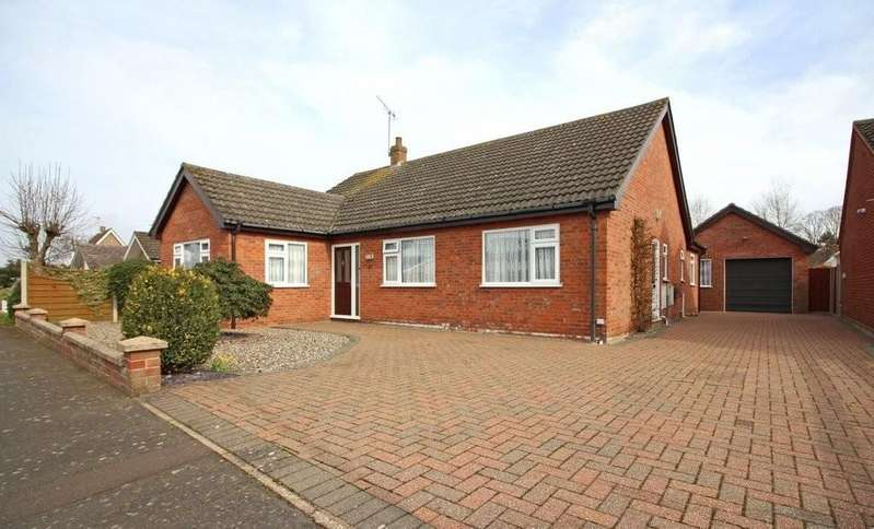 3 Bedrooms Detached Bungalow for sale in Litester Close, North Walsham