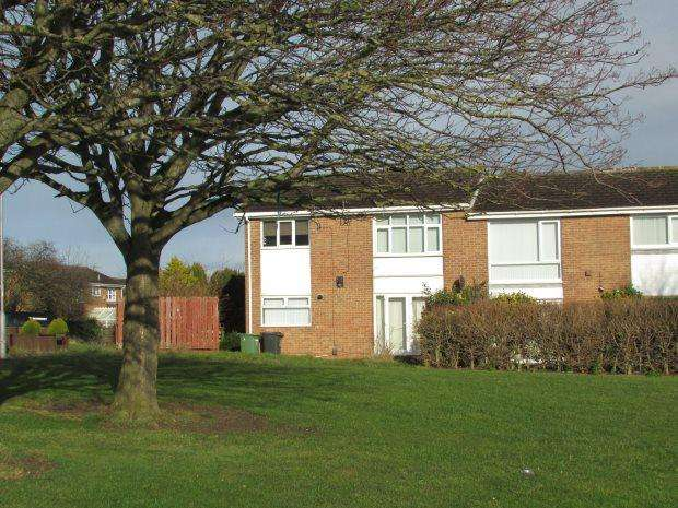 2 Bedrooms Ground Flat for sale in WENTWORTH GROVE, CLAVERING, HARTLEPOOL