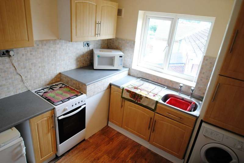 2 Bedrooms Apartment Flat for sale in 8 Breydon Court, Scawsby, Doncaster, DN5 8UZ