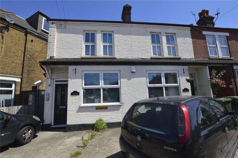 2 Bedrooms Maisonette Flat for sale in Vicarage Road, Bexley, Kent, DA5
