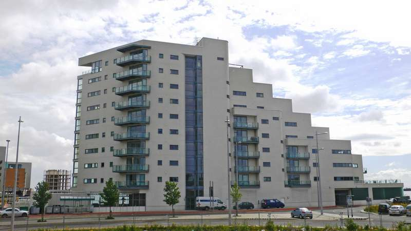 2 Bedrooms Property for sale in Watermark, Ferry Road, Cardiff Bay, Cardiff
