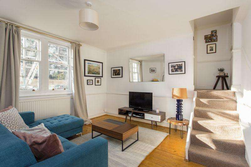 2 Bedrooms Apartment Flat for sale in Coolhurst Road, London, N8