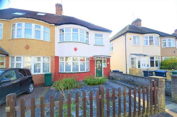 3 Bedrooms Semi Detached House for sale in Vineyard Avenue, LONDON