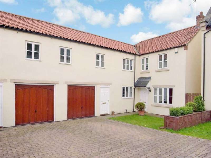 4 Bedrooms Detached House for sale in Spa Courtyard, Croft On Tees