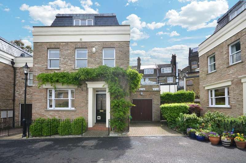 3 Bedrooms Detached House for rent in Admirals Gate Greenwich SE10