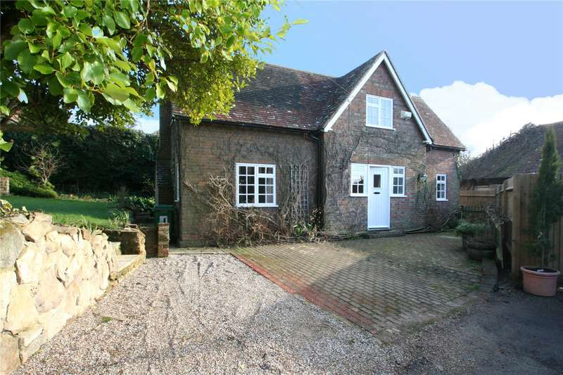 3 Bedrooms Detached House for rent in Brenchley Road, Brenchley
