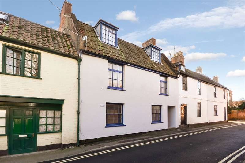 4 Bedrooms Apartment Flat for sale in St. Mary Street, Bridgwater, Somerset, TA6