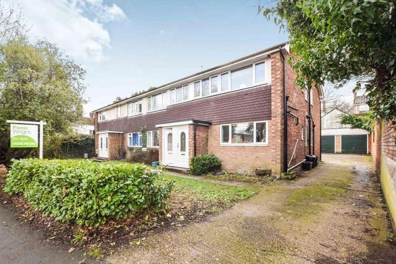 3 Bedrooms Ground Maisonette Flat for sale in Lexden Road, Colchester, CO3 4BN