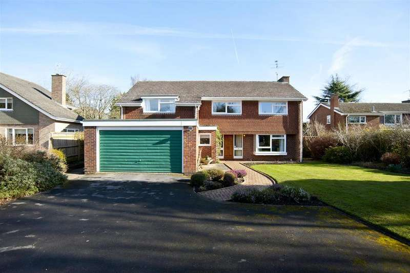4 Bedrooms Detached House for sale in Orchard Coombe, Whitchurch Hill, Reading