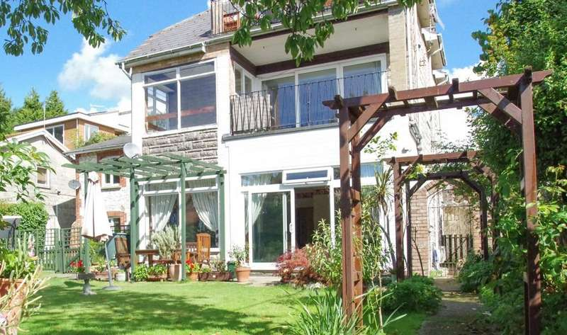 2 Bedrooms Flat for sale in Yarbridge, Sandown