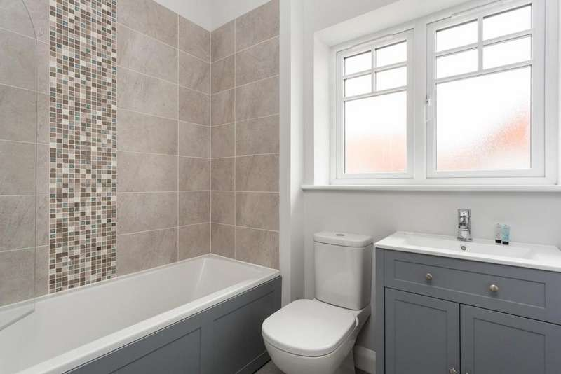 3 Bedrooms Semi Detached House for sale in Plot 6, Blacksmith Court, Cliffe,