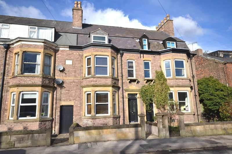 6 Bedrooms Terraced House for sale in Park Lane, Macclesfield, SK11