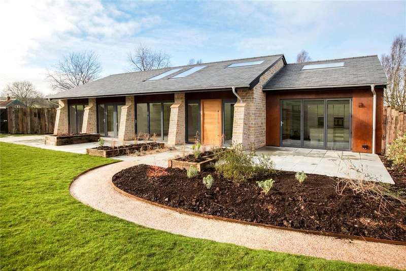 4 Bedrooms Detached Bungalow for sale in Castle Lane, Wookey, Wells, Somerset, BA5
