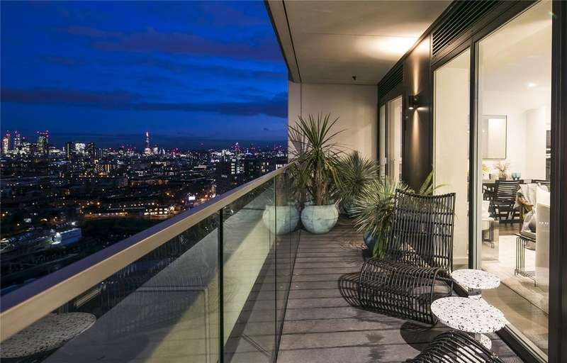 2 Bedrooms Flat for sale in XY Apartments, Maiden Lane, London, NW1