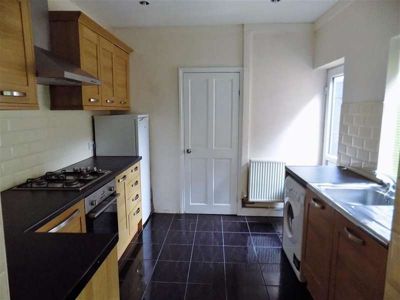 3 Bedrooms Terraced House for sale in Parliament Road, Middlesbrough, TS1 4JS