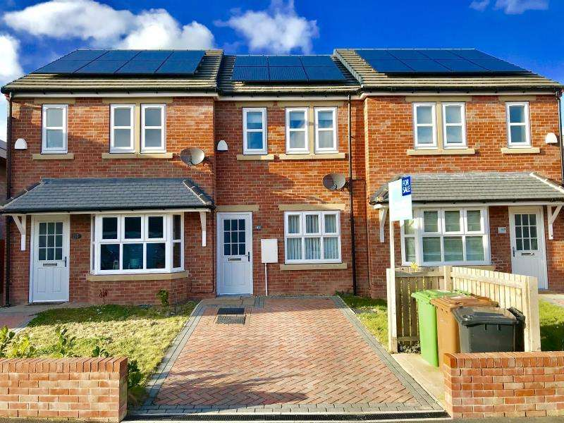 2 Bedrooms Terraced House for sale in SWARCLIFFE AVENUE, LEEDS, LS14 5AB