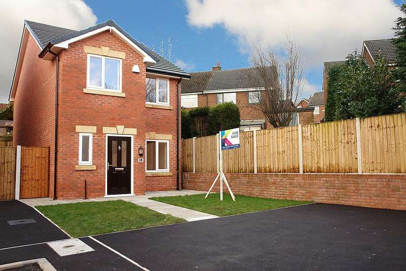 3 Bedrooms Detached House for sale in Parkfield Court, Moorside
