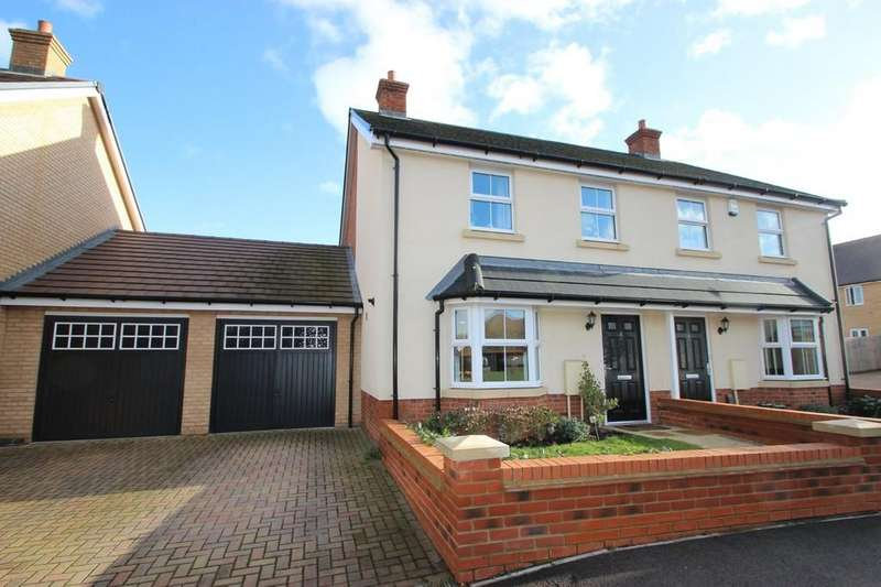 3 Bedrooms Semi Detached House for sale in Thundersley, SS7
