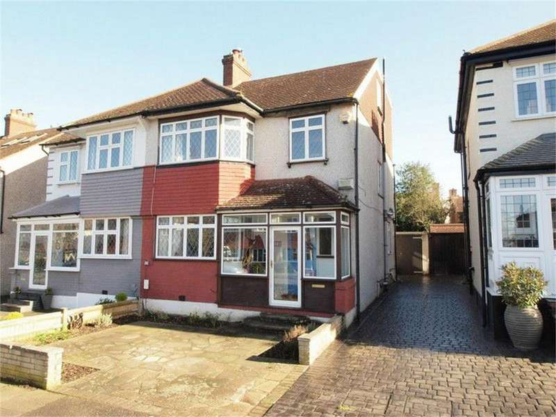 4 Bedrooms Semi Detached House for sale in Bramley Way, West Wickham, Kent