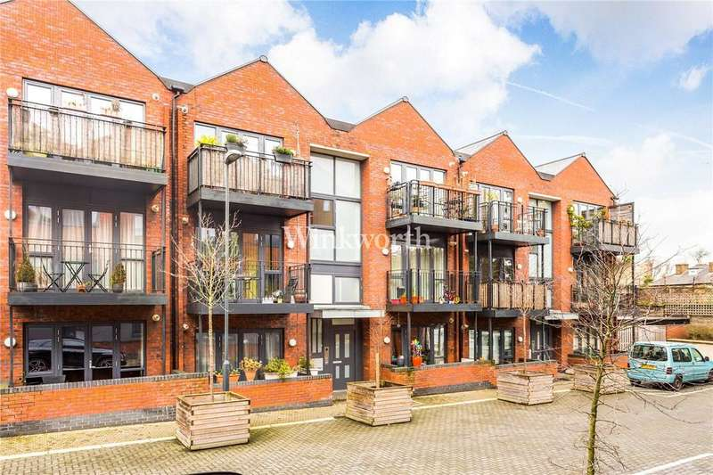 2 Bedrooms Flat for sale in Leverton Close, London, N22