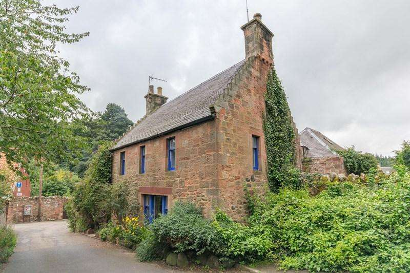 3 Bedrooms Property for sale in Loan Cottage, Garvald, Haddington, East Lothian, EH41 4LN