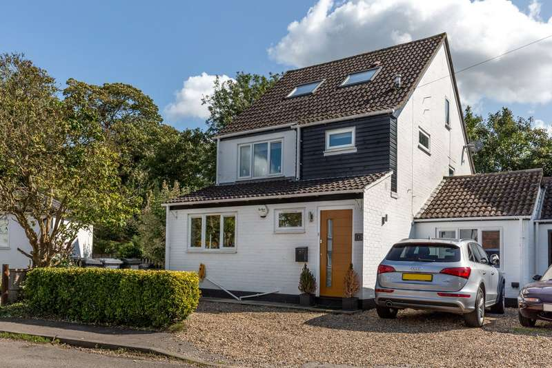 4 Bedrooms Detached House for sale in Temple Lane, Temple, Nr Marlow, Berkshire, SL7