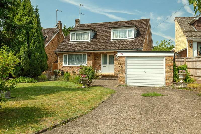 4 Bedrooms Detached House for sale in Marlow Bottom, Marlow Bottom, Buckinghamshire, SL7