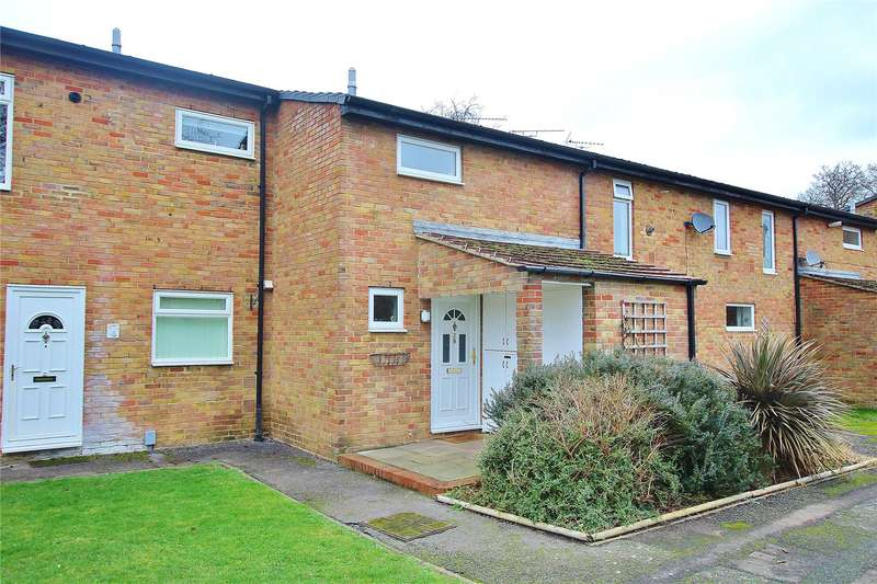 3 Bedrooms Terraced House for sale in Alma Close, Knaphill, Woking, Surrey, GU21